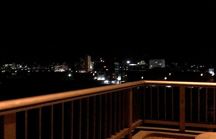 サザンゲートブリッジから見る石垣の町