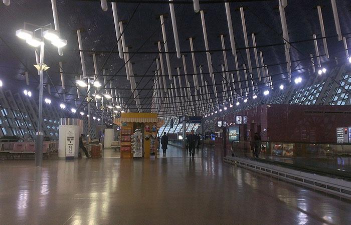 上海浦東国際空港 ターミナル内