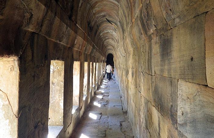 プレアビヒア 回廊