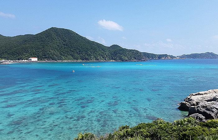 阿波連ビーチ全景