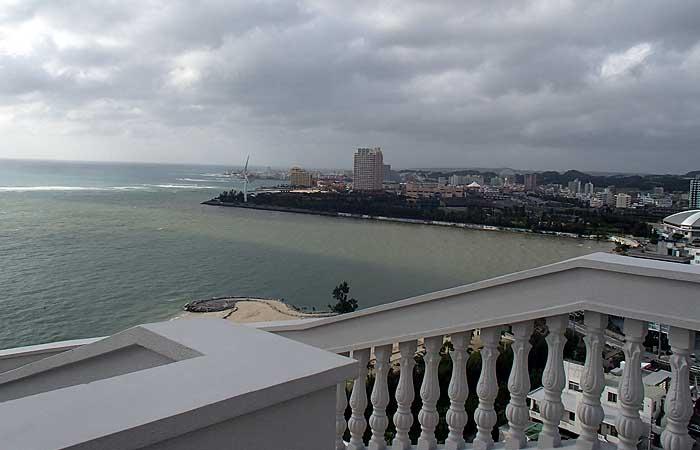 ビーチサイドコンドミニアムからの眺め 美浜方面