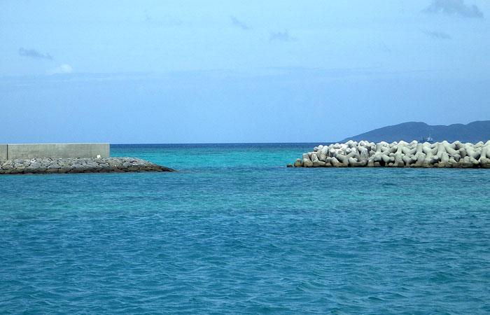 竹富島の港