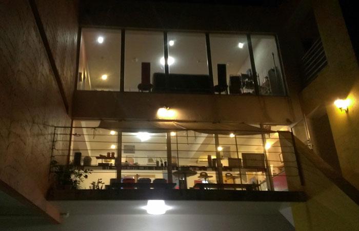 石垣島 アートボックス 夜