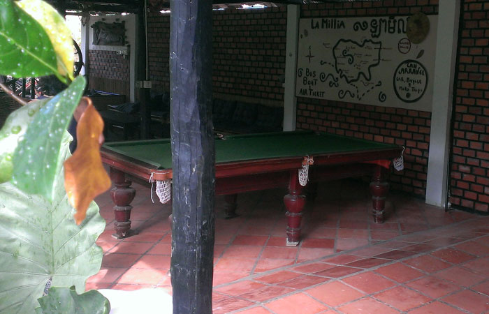 ゲストハウス ラミリア ビリヤード台
