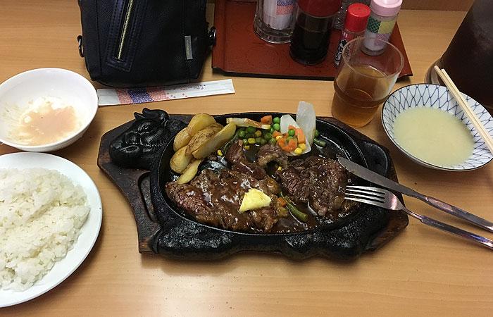 一銀食堂 ステーキ