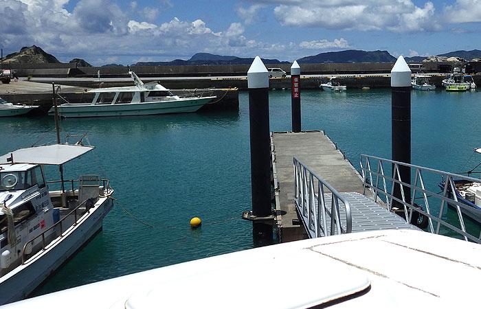 阿波連の漁港