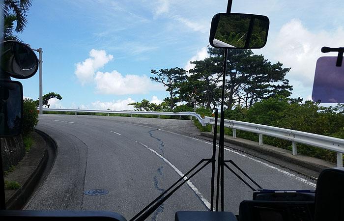 阿波連集落へのバス