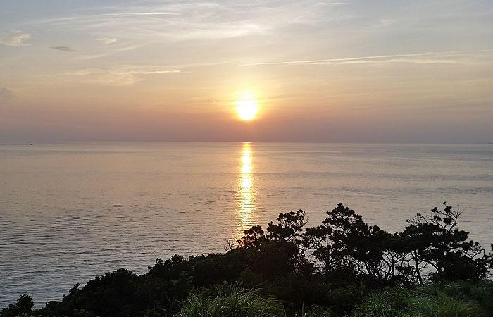 神の浜展望台の夕日