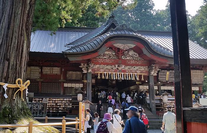 北口本宮冨士浅間神社 拝殿