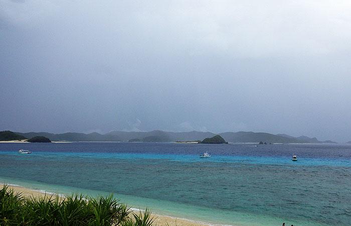 ニシバマビーチ 雷雨
