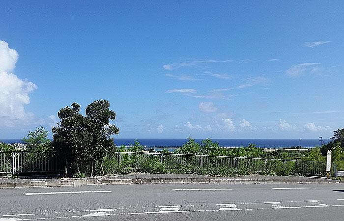奥武入口バス停